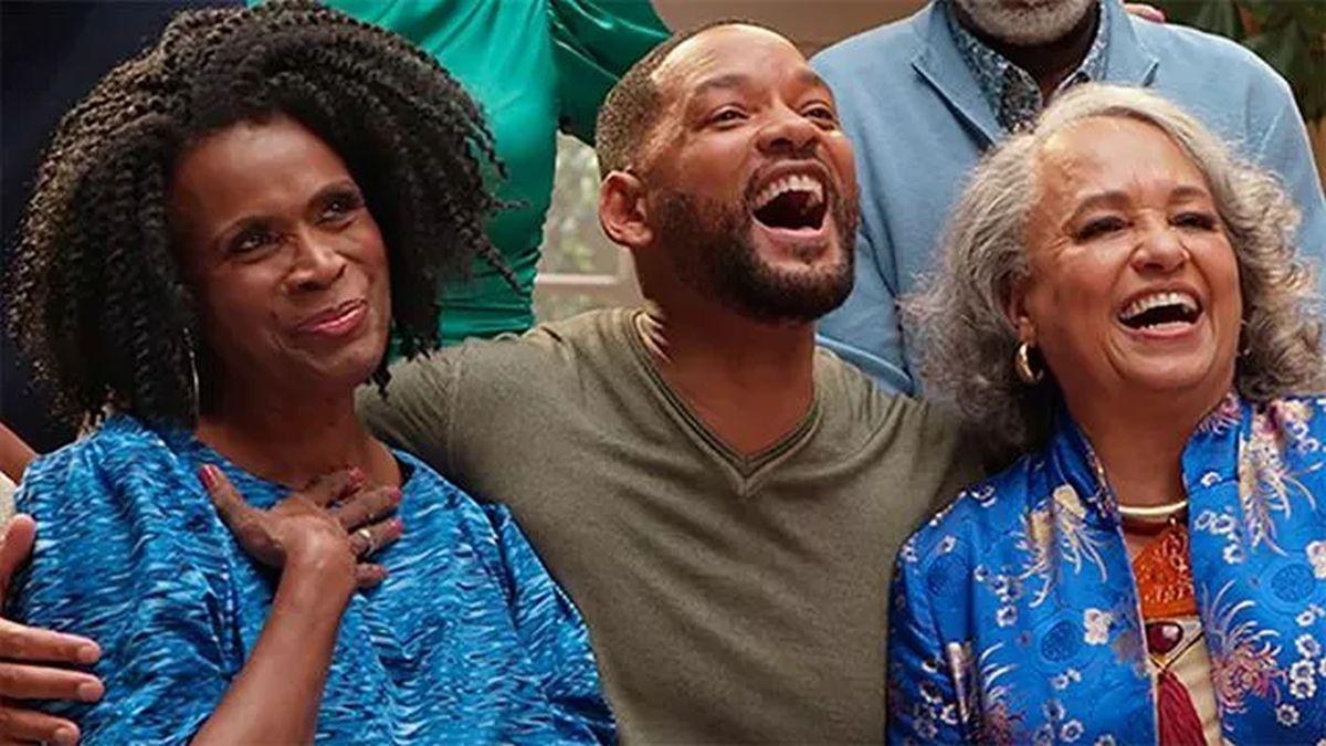 Will Smith con las dos Tías Viv juntas, Daphne Maxwell Reid y Janet Hubert (Foto: HBO Max)