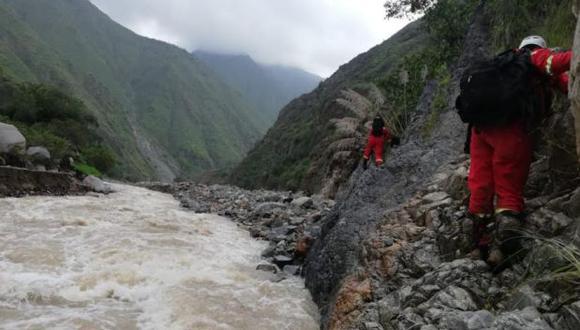 Huancavelica: suspenden búsqueda de maquinista sepultado por huaico