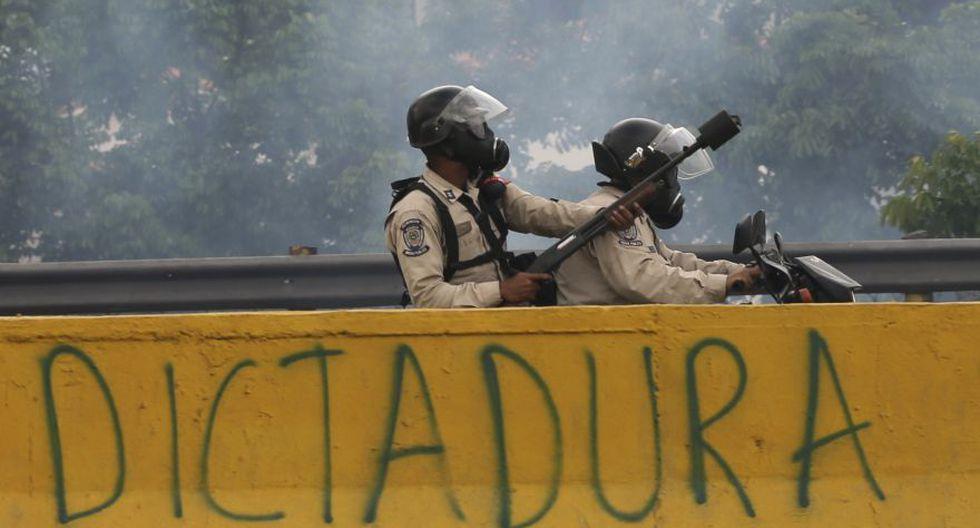 Venezuela: Duros enfrentamientos en calles de Caracas [FOTOS] - 21