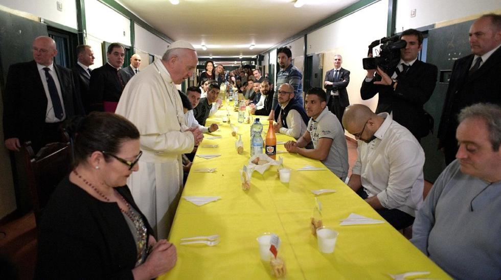 El papa Francisco almorzó con reclusos en una cárcel de Milán - 1