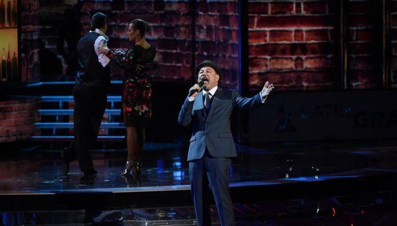 """""""El nacimiento de Ramiro"""" de Rubén Blades es una de las canciones más emblemáticas por el Día del Padre. (Photo by MARK RALSTON / AFP)"""
