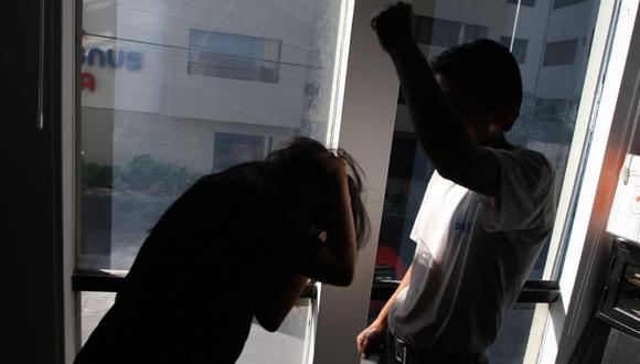 Arequipa: Doce mujeres víctimas de violencia familiar solicitaron asilo en refugios del Centro de Emergencia Mujer (CEM). (foto archivo)