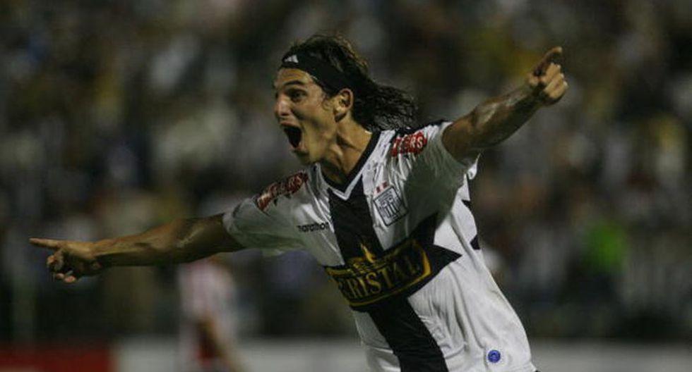 José Carlos Fernández en Melgar: ya suma 13 clubes en su lista - 12