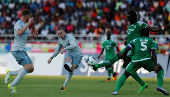 Rooney tardó 34 minutos en marcar con el Everton: espectacular golazo en su retorno. (Foto: AFP)