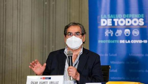 Óscar Ugarte, ministro de Salud, se pronunció sobre la información brindada por expertos de la OMS sobre la efectividad de la vacuna de Sinopharm en adultos de 18 a 59 años    Foto: El Comercio