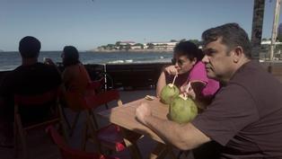 Río de Janeiro reabre bares pero mantiene playas cerradas por la pandemia