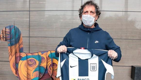 Mario Salas arribó al Perú el pasado jueves 18 de junio, pero empezó a trabajar con Alianza desde abril. (Foto: Alianza Lima)
