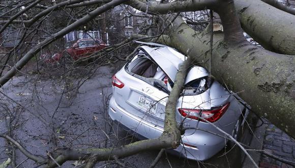 El balance de víctimas y daños provocados por los tornados podría aumentar. (AP)
