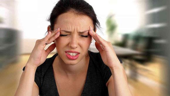 La migraña suele aparecer por primera vez durante la adolescencia.