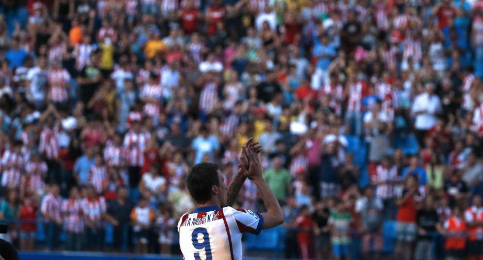 Mandzukic presentado con el '9' de Villa en Atlético de Madrid - 3