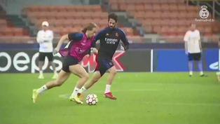 Imágenes del entrenamiento del Real Madrid en Milán