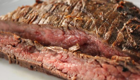 Es una carne fibrosa y bastante dura, pero es la base de los tacos de arrachera o brochetas de arrachera muy aclamados en México. (Foto: Pixabay)