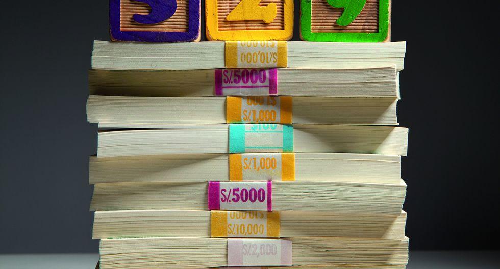 """Mientras Finlandia destina 15 mil dólares por alumno al año y Chile, 3.600, en Perú la cifra baja a 1.200. """"Somos un país que subinvierte en educación"""", sostiene el investigador Hugo Ñopo."""