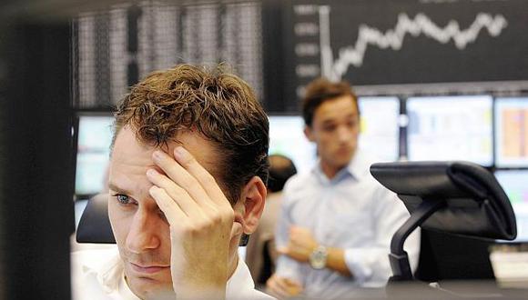 Los inversionistas se mantuvieron preocupados durante la jornada en torno a las negociaciones comerciales entre EE.U. y China. (Foto: AFP)