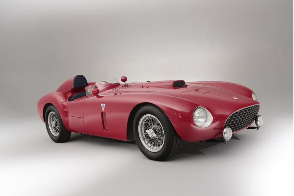 Por este Ferrari 375 Plus de 1954 se pagaron 18,3 millones de dólares (Fotos: Difusión).