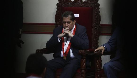 Eloy Espinosa-Saldaña insistió en que la decisión del TC de aprobar el recurso de hábeas corpus de Humala y Heredia no está sentando un precedente para casos futuros. (Foto: Renzo Salazar / El Comercio)