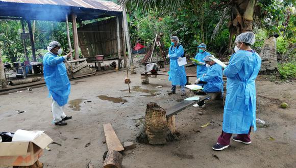 Personal de salud en Santa Rosa de Serjali, en Sepahua, Ucayali, Perú. Foto: Microred de salud Sepahua.