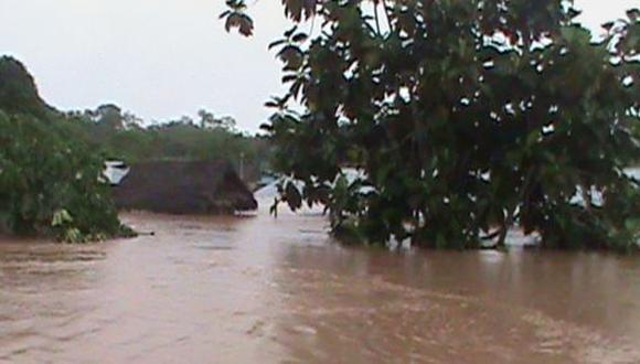 Lluvias torrenciales dejan 70 familias afectadas en Oxapampa