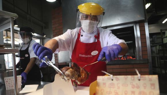 Estos son los cinco pasos que debe cumplir el delivery de restaurantes durante la cuarentena   AP Photo/Martin Mejia