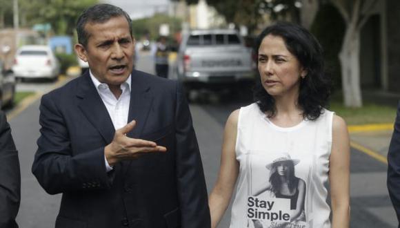 Ollanta Humala y Nadine Heredia tienen hasta las 10 p.m. para abandonar su vivienda en Surco. (Foto: Hugo Pérez / Video: Canal N)