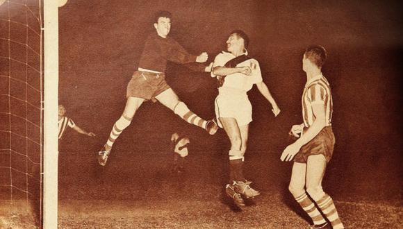 En cancha, Perú gana dos partidos durante la Copa América de 1953, ante Ecuador y Brasil. (Foto: Revista Estadio)