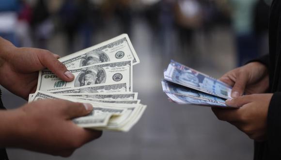 El tipo de cambio se cotizaba a S/ 3.570 la compra y a S/ 3.600 la venta en el mercado paralelo este viernes. (Foto: GEC)