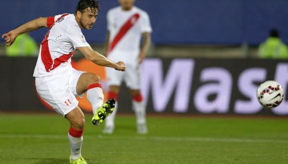 """Claudio Pizarro está bien y """"jugará próximos partidos"""" de Perú"""