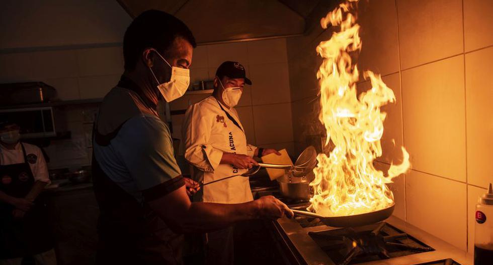 Restaurantes en alerta, algunos consideran que esta alza de precios impactará en su proyección de recuperación. (FOTO: Elías Alfageme).