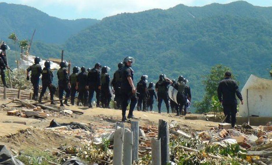 San Martín: sujetos armados secuestran a 20 policías en Rioja