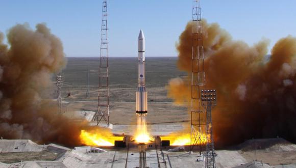 Cohete ruso que llevaba un satélite mexicano choca en Siberia