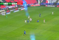 Cruz Azul vs. Santos Laguna: Jonathan Rodríguez convirtió el 1-0 a los dos minutos de juego con un potente remate | VIDEO