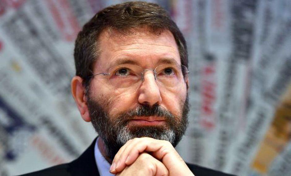 Renuncia el alcalde de Roma en medio de escándalo [VIDEO]