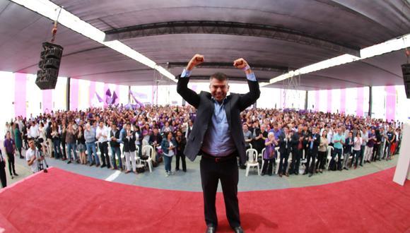 El 26 de octubre, Julio Guzmán, líder de esta agrupación, presidió la cuarta cumbre morada en la que se definieron los lineamientos electorales. (Foto:Difusión)
