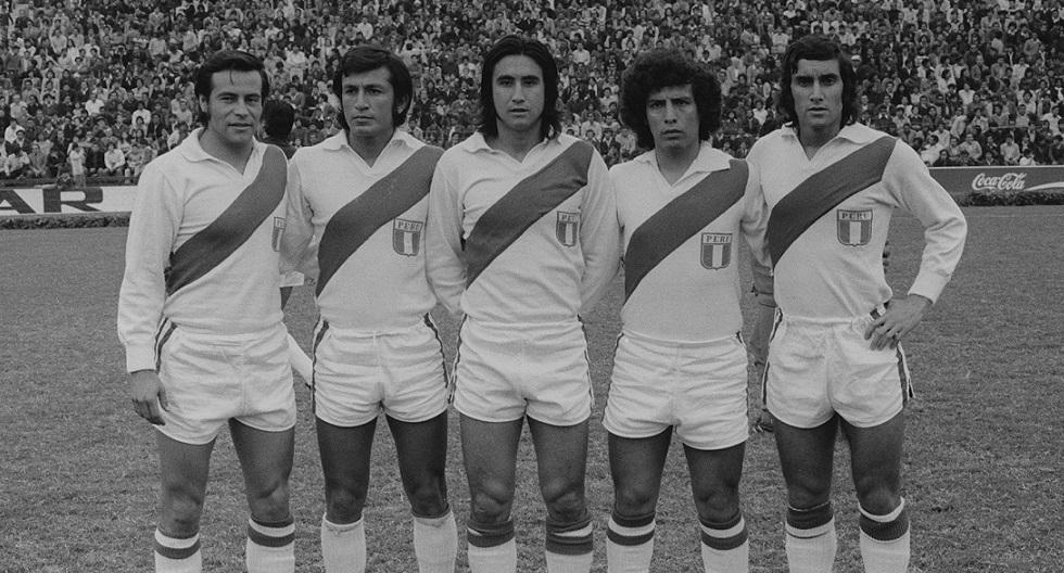Oswaldo Ramírez, Alfredo Quesada, Percy Rojas, César Cueto y Juan Carlos Oblitas integraron la delantera de la Selección en el partido contra Bolivia. (GEC Archivo Histórico)