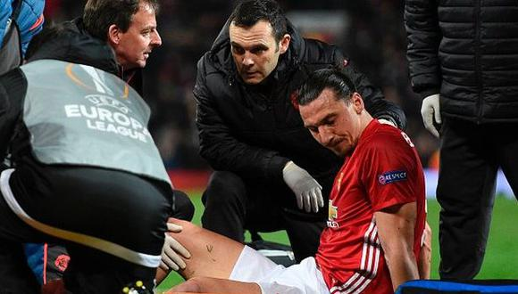 Zlatan Ibrahimovic pasó con éxito operación a los ligamentos