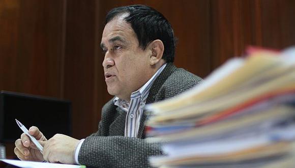 Otárola no descartó a Espinoza como candidata a Mesa Directiva