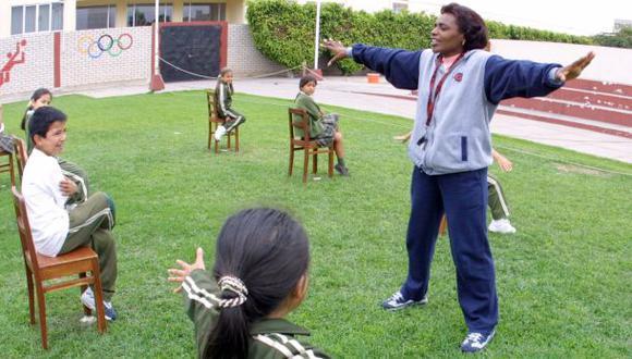Alumnos de primaria tendrán tres horas más de educación física