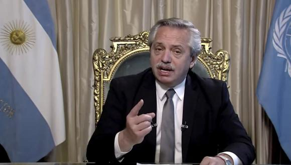 En esta imagen tomada del video de UNTV, Alberto Fernández, presidente de Argentina, habla en un mensaje pregrabado que fue reproducido durante la 75a sesión de la Asamblea General de las Naciones Unidas. (AP/UNTV).
