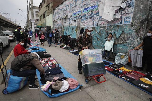 En línea con la reducción del empleo, la población peruana con trabajo informal en el área urbana cayó en 7% (607.100 plazas) en el último año. (Foto: Cesar Campos/GEC)