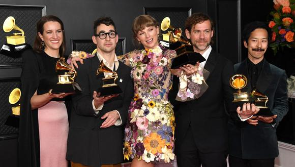 Taylor Swift se convierte así en una de las estrellas que ha logrado el mismo galardón por tres discos. (Foto: Kevin Mazur / The Recording Academy / AFP)