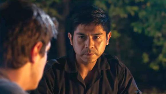 """Tommy Párraga como Héctor Béjar en """"La pasión de Hearud"""". (Captura de pantalla)"""