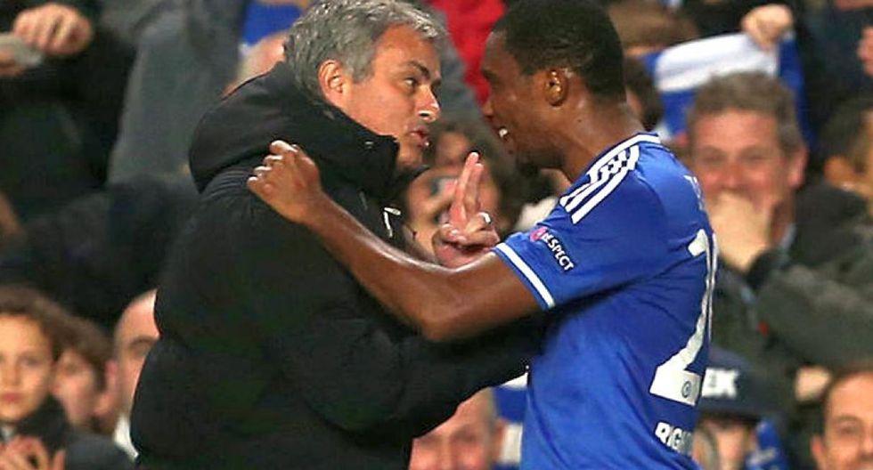 Etto fue dirigido por Mourinho en el Chelsea. (Foto: AFP)