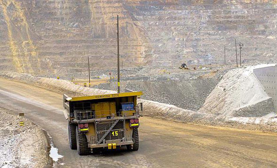 La mesa busca incrementar la productividad del sector minero. (Foto: USI)
