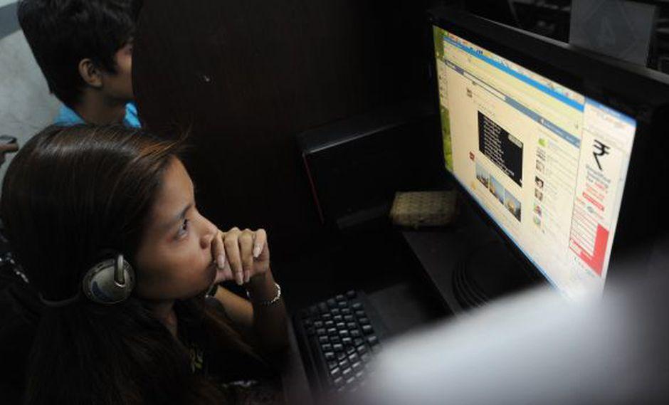 Más de 4.000 mlls de personas siguen sin acceso a Internet