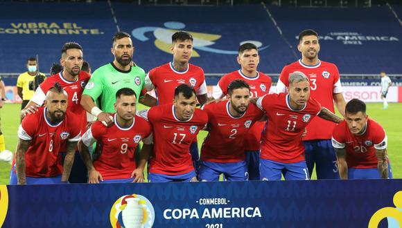 Chile no usará los logos en su indumentaria durante el partido contra Bolivia. EFE/Andre Coelho