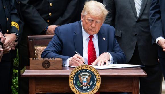 Trump firma un decreto que obliga a ByteDance a vender sus activos de TikTok en Estados Unidos. (Foto referencial, Saul LOEB / AFP).