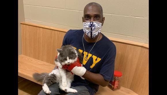 Dueño se reencuentra con su gato perdido en una feliz historia. (Foto: Bangor Humane Society)