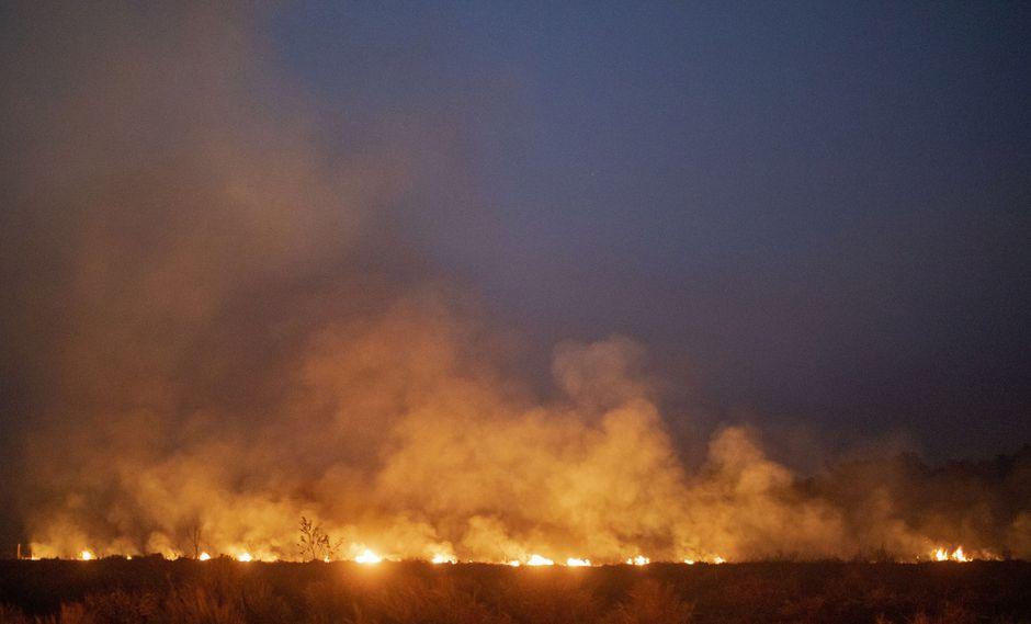 Un incendio fue de control en el municipio de Nova Santa Helena, en el norte del estado de Mato Grosso, al sur de la cuenca del Amazonas de Brasil. (AFP).