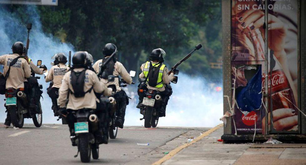 Venezuela: Duros enfrentamientos en calles de Caracas [FOTOS] - 35