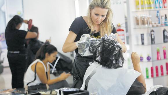 Existen alrededor de 30 mil peluquerías en el país, según el presidente del Gremio de Cosmética e Higiene de la Cámara de Comercio de Lima, Ángel Acevedo. (Foto: Archivo)